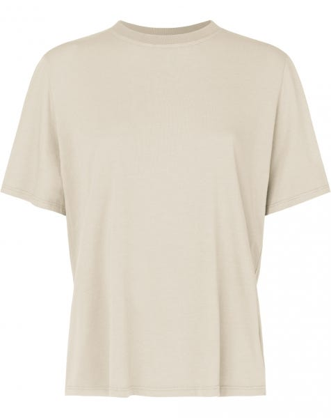 ESSENTIAL SHIRT CREAM