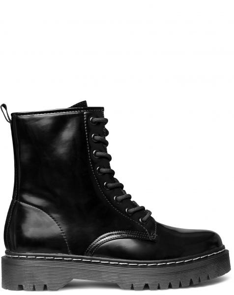 SALLY BOOTS BLACK